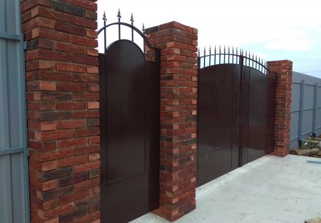 Ворота из металического штакетника (3)